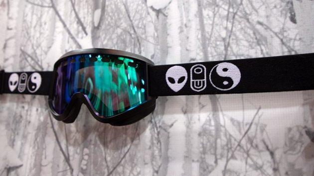 Airblaster-Snowboard-Goggles