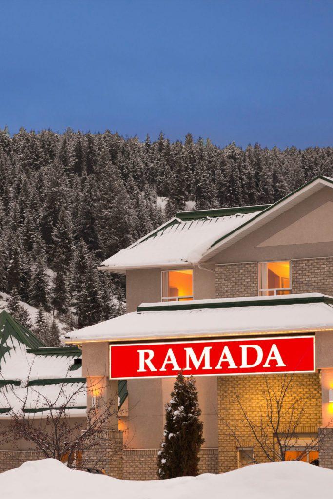 Ramada-Golden-Jonview