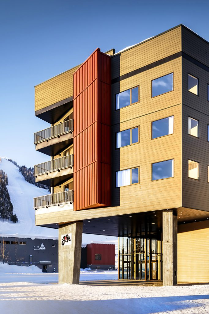 The-Josie-at-Red-Mountain-Exterior-Jonview